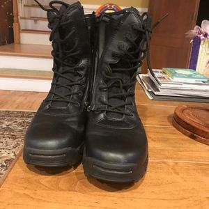 Brand New Without tags Magnum Boots